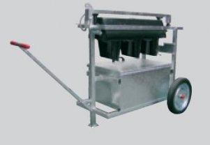 wozek-na-2-akumulatory-z-masztem-do-sygnalizaci-swietlnej
